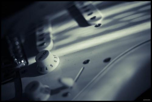 Guitarra 2 by MarcosCousseau