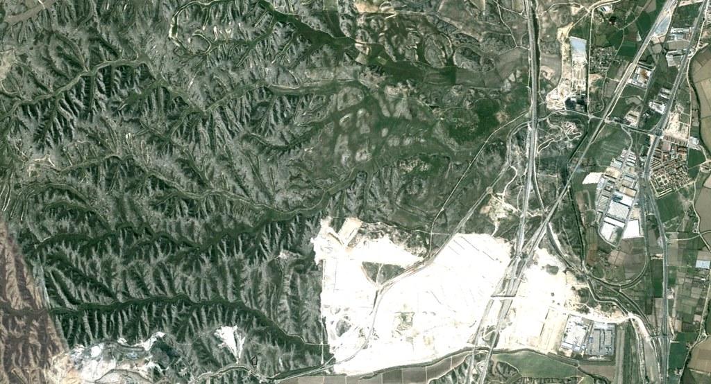 Cartuja Baja, Zaragoza, peticiones del oyente, políganos, cambiar badlands por polígonos = magnífico, antes, urbanismo, planeamiento, urbano, desastre, urbanístico, construcción