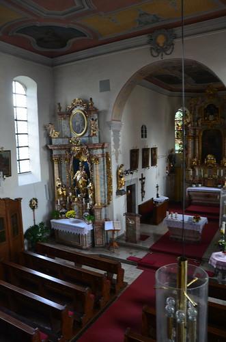 Das innere einer barocken Dorfkirche