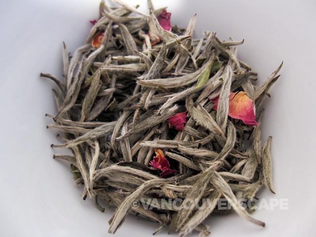 Tealeaves White Blossom blend
