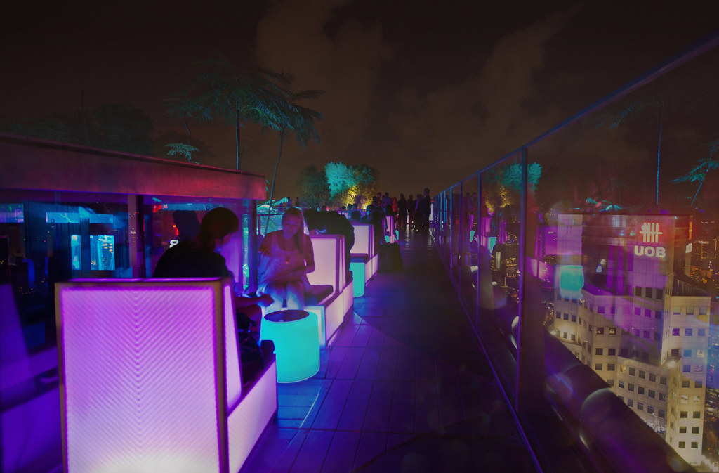 1-Altitude roof-top bar