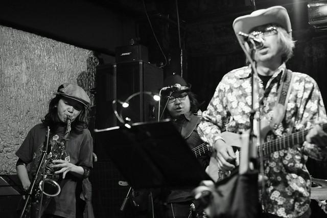 ハル宮沢コスモポリタンカウボーイズ Cosmopolitan Cowboys live at 'aja', Tokyo, 04 Nov 2013. 212
