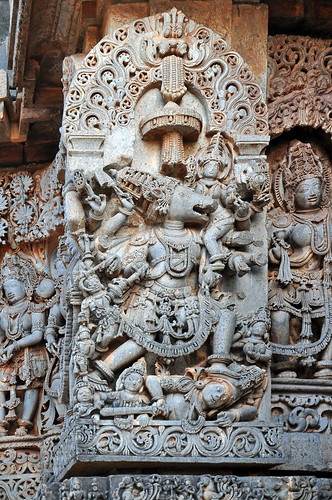 india karnataka halebid hoysaleswaratemple 12thcentury asienmanphotography varaha hoysalaempire