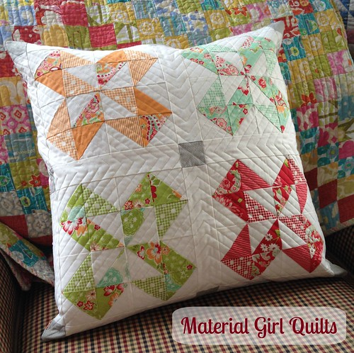 Scrappy Colorado quilt block pillow front
