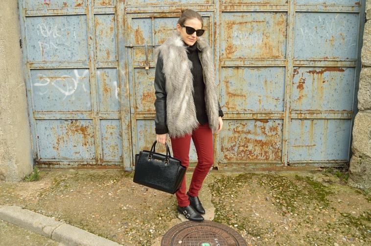 lara-vazquez-madlula-blog-faux-fur-vest-winter
