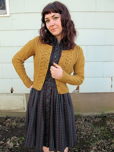 Modern Cardigan Knitting Patterns : Lladybird Lauren shows off! A Modern Sweater With A Vintage Look By Gum, By...