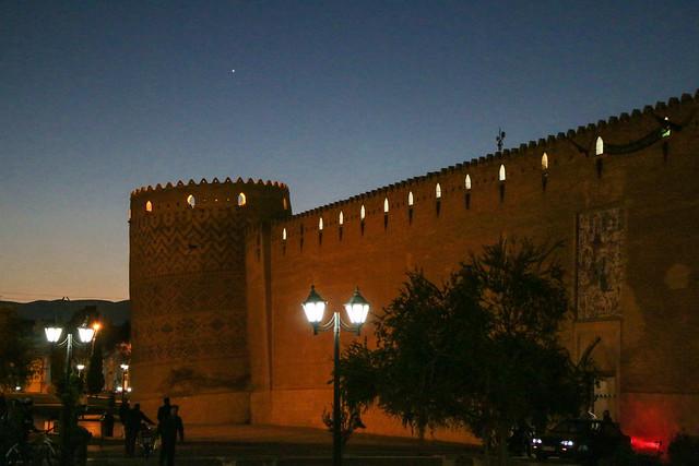 Karim Khan fortress after sunset, Shiraz シラーズ、キャリーム・ハーン要塞