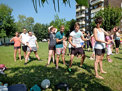 endurance sports(0.0), family reunion(0.0), cross country running(0.0), people(1.0), picnic(1.0), social group(1.0),