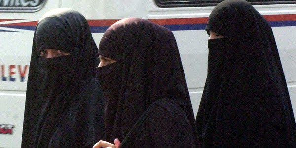 Ministry of Interior Announcement on Niqab Draws Suspicion