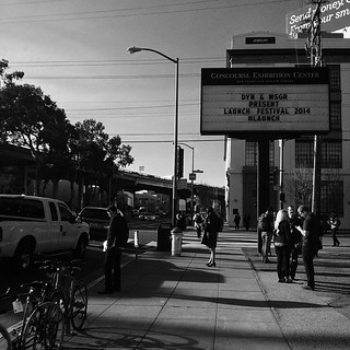 A couple of rushed shots from SF today. Launch Festival 2014  #sf #sanfrancisco #launch #launchfestival #bw #blackandwhite #blackwhite #thecity #light #shadow #chasinglight #street #trees #designcenter #cars #freeway #strangers #architecture #buildings #s