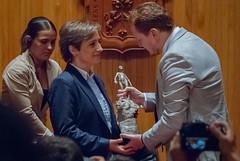 Carmen Aristegui recibe el galardón 'Corazón de León' ⑩