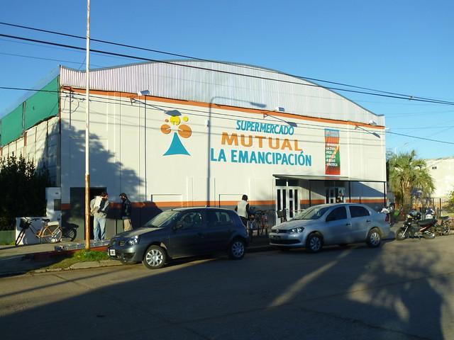 Inauguración Supermercado Salliquelo