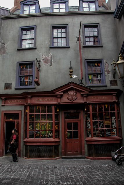 Quality Quidditch Supplies Universal Diagon Alley stores of...