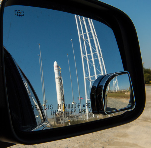 Antares_Rocket_Prelaunch_(NHQ201610170101)