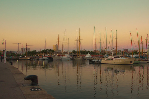 barcelona light sunset sea sky water colors canon reflections boats evening spain europe sailing catalogna