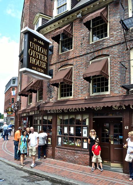 1st restaurant in USA