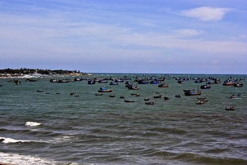 Mui Ne harbor full of ships