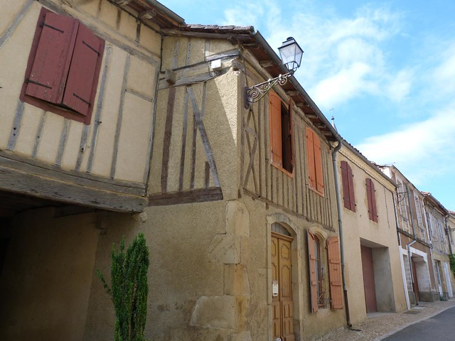 Pueblo del Gers en Midi-Pyrenées (Francia)