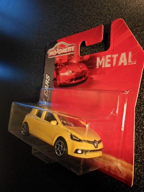 N°221G - Renault Clio IV sport 10211146896_60b94b621b_z