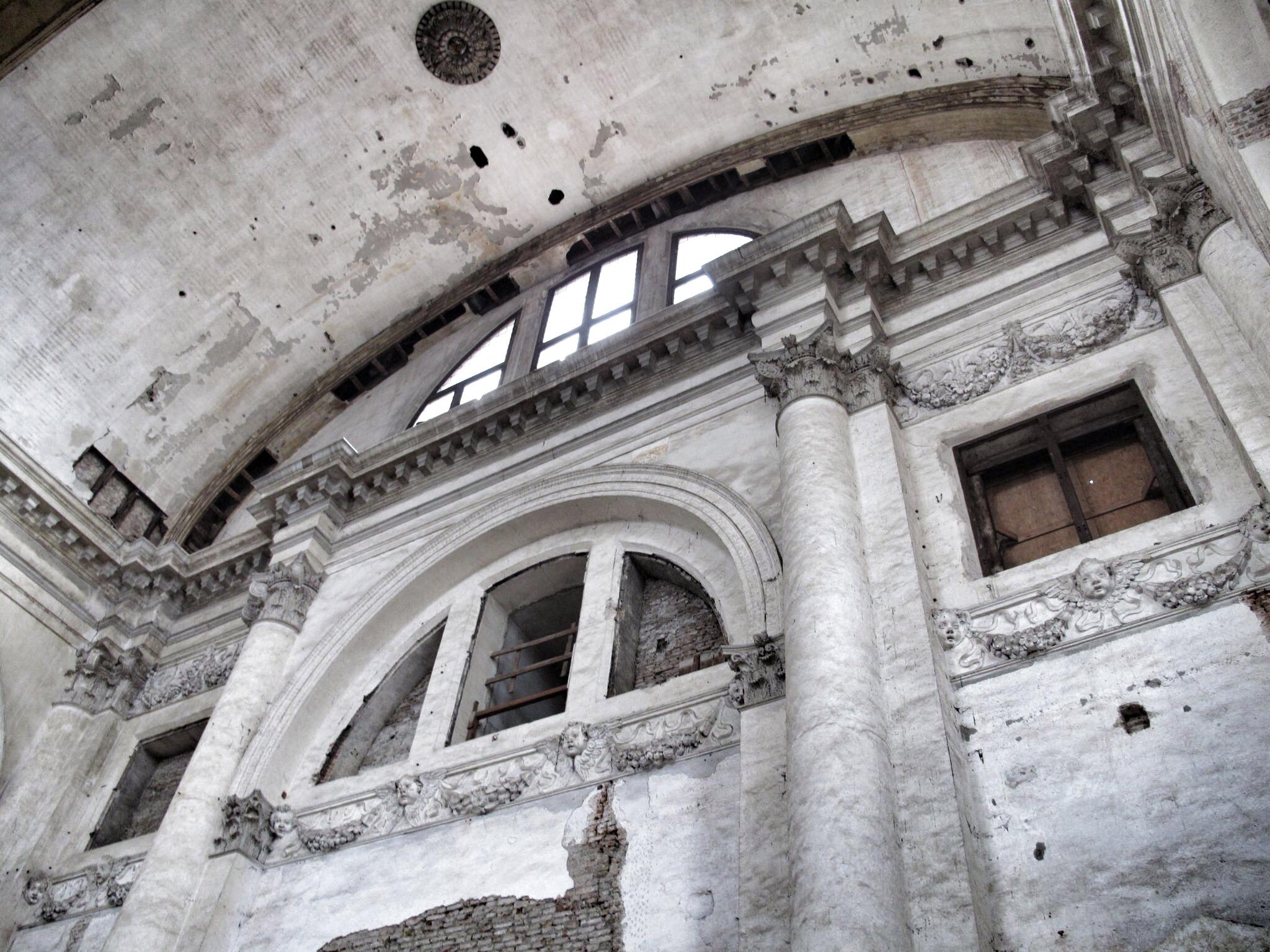 iglesia san lorenzo_venecia_restauración_paredes