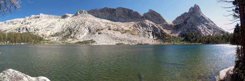 Panorama view of lower Young Lake (Lake 9883), with Ragged Peak on the right