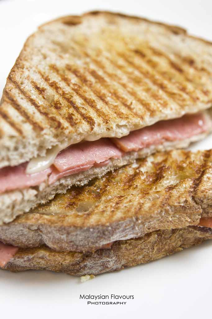 smoke-turkey-ham-gruyere-cheese-melt-sandwich-tous-les-jours-bangsar-malaysia