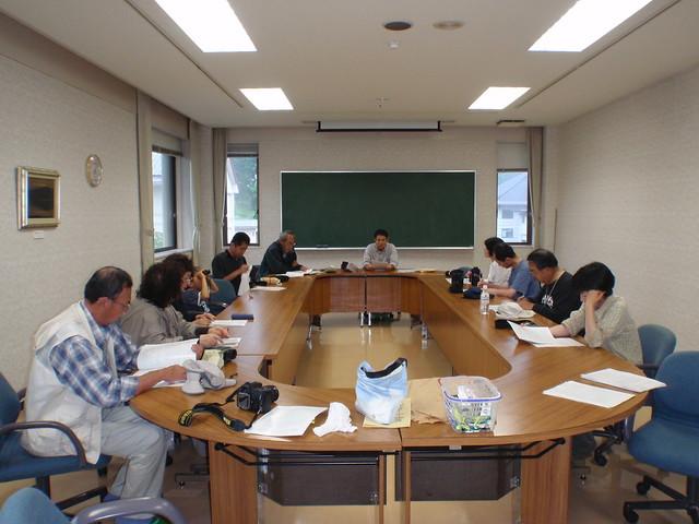 文化ホールにもどり,上野先生,暮町先生から,資料を見ての説明があった.