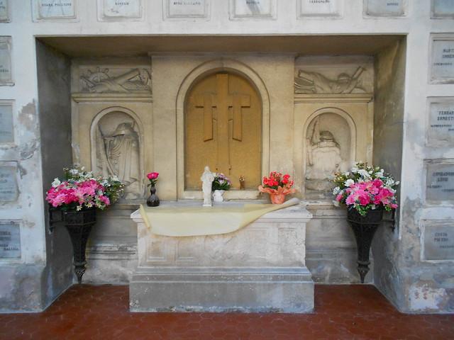 altare dell'ossario di Rovigo