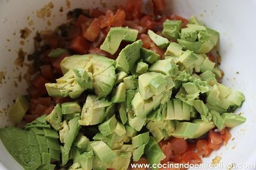 Tartar de salmon y aguacate www.cocinandoentreolivos (18)
