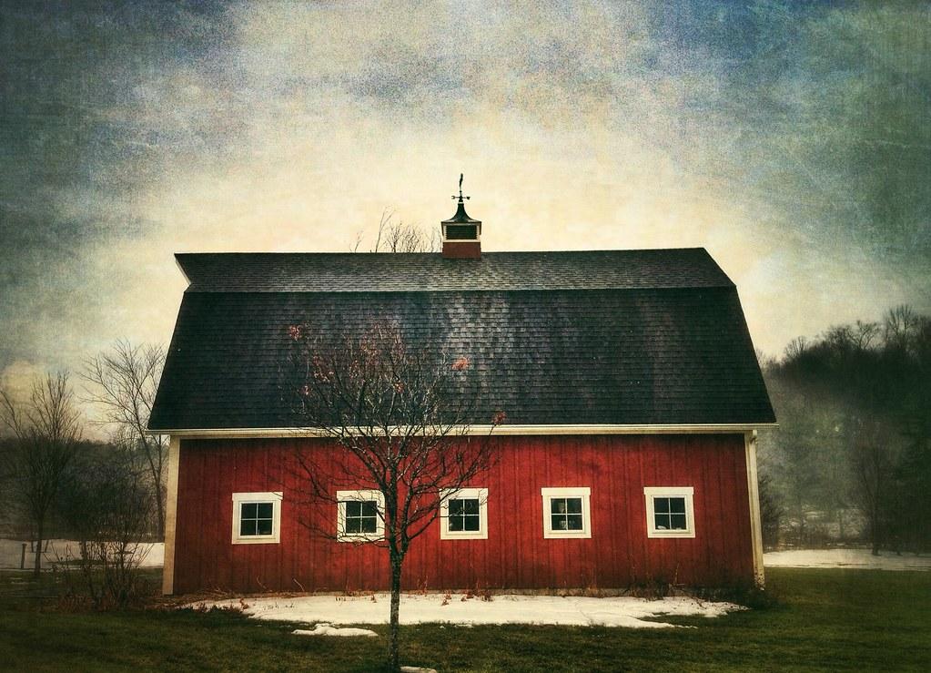 Little Red Barnhouse