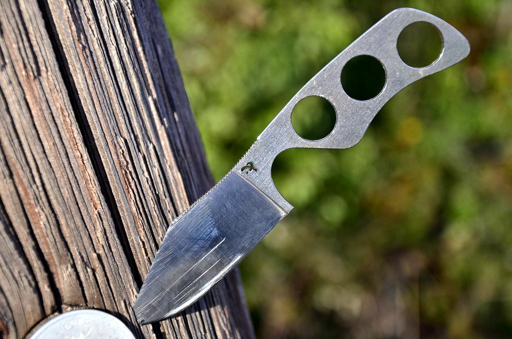 Des traces de couteaux dans les bois 12089982624_c8f9bb01fb_b