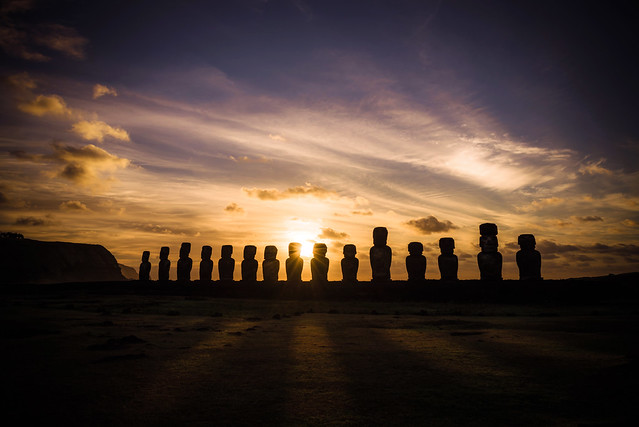 Sunrise in Ahu Tongariki, Easter Island