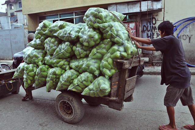 La Trinidad  Vegetable Market 12
