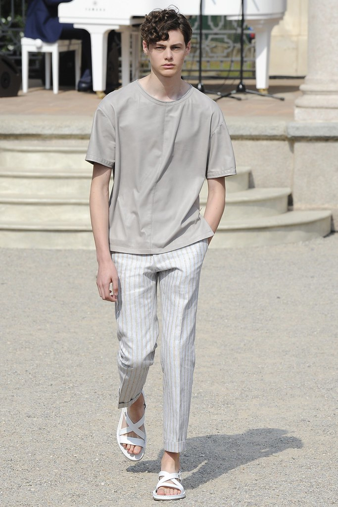 SS15 Milan Corneliani029_Darwin Gray(VOGUE)