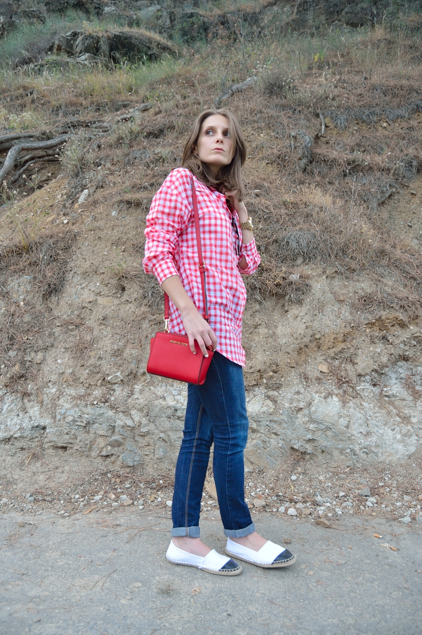 lara-vazquez-madlula-blog-style-fashion-red-michael-kors-bag