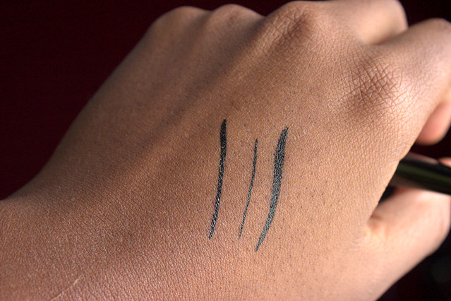 Milani Eye Tech Perfection Liquid Liner swatches
