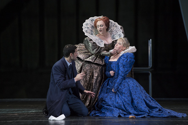 Ismael Jordi as Roberto, Conte di Leicester, Carmen Giannattasio as Elisabetta and Joyce DiDonato as Maria Stuarda in Maria Stuarda © Bill Cooper / ROH 2014