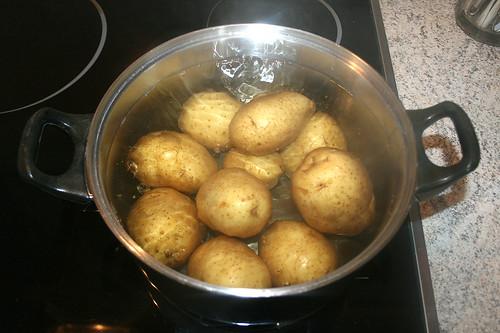 11 - Kartoffeln in Schale kochen / Cook potatoes in peel