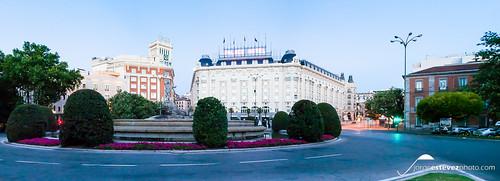 Plaza Cánovas del Castillo