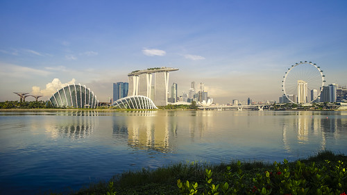 morning blue sky reflection water yellow marina sunrise river singapore asia southeastasia day sony wideangle marinabay gardensbythebay singaporeflyer marinabaysands sonya7