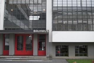 Bauhaus の画像. dessauroslau sachsenanhalt germany yoshcycles bauhaus