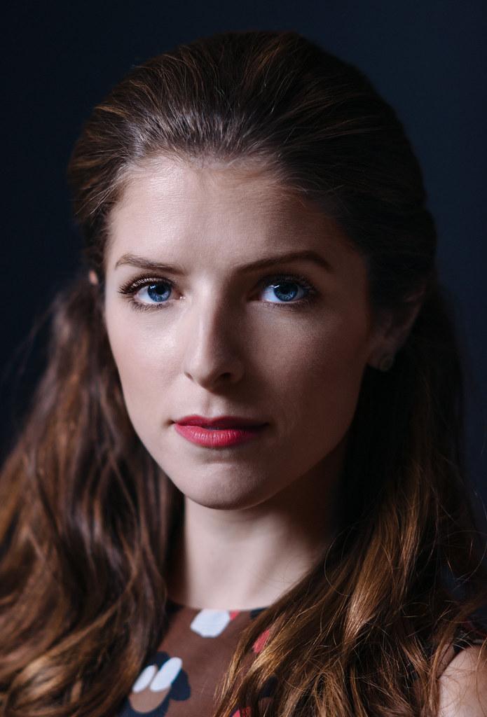 Анна Кендрик — Фотосессия для «Торт» на «TIFF» 2014 – 14