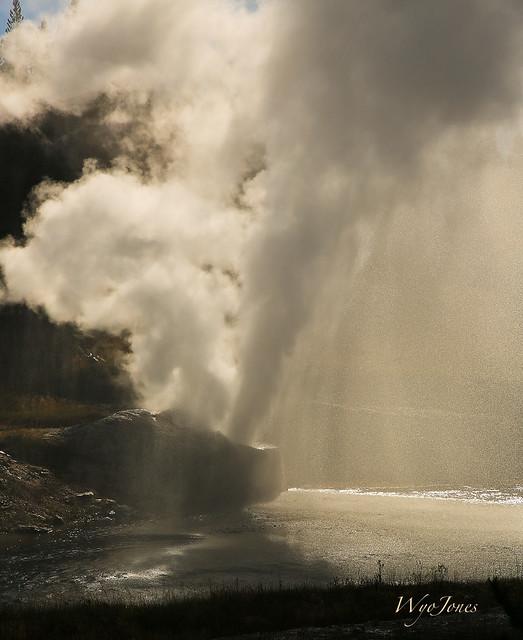 Riverside Geyser