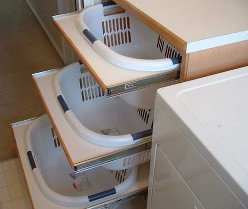 How to maximize kitchen cabinets storage