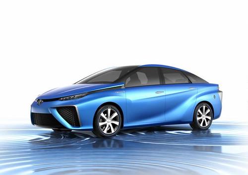 Toyota рассекретила авто на топливных элементах