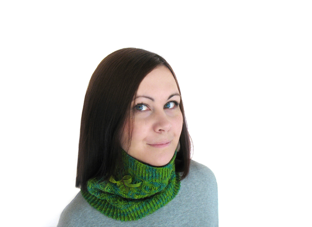 Emerald City Cowl Pattern