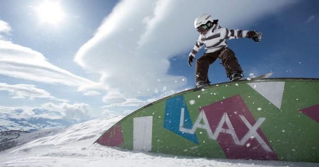 LAAX je nejlepším lyžařským střediskem Švýcarska!