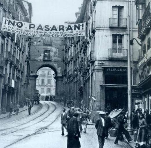 2. Madrid y la calle Toledo durante la guerra. Autor, Recuerdos de Pandora