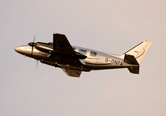 G-ONPA Piper PA-31-350 Chieftain Edinburgh Turnhouse 6th December 2013...