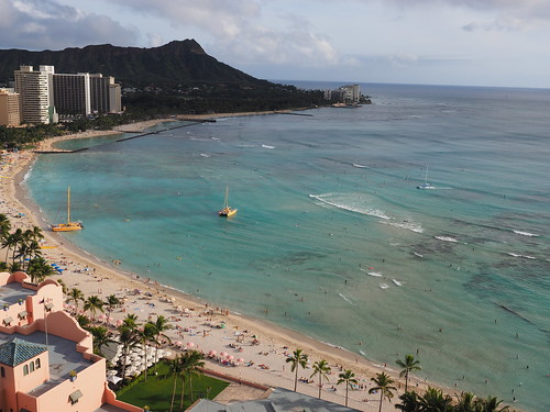 Waikiki Beach with Diamond Head